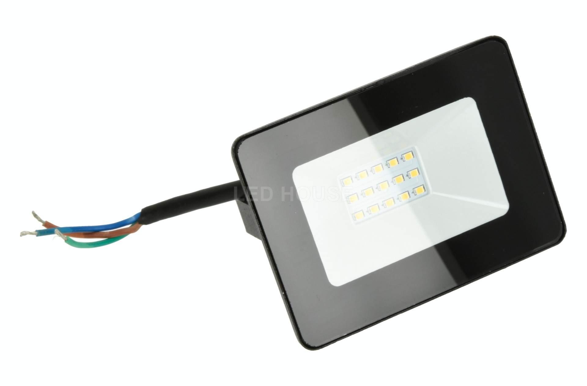 LED прожектор LED прожектор AIGOSTAR Slim черный  10W 900lm CRI70  120° IP65 4000K дневной белый