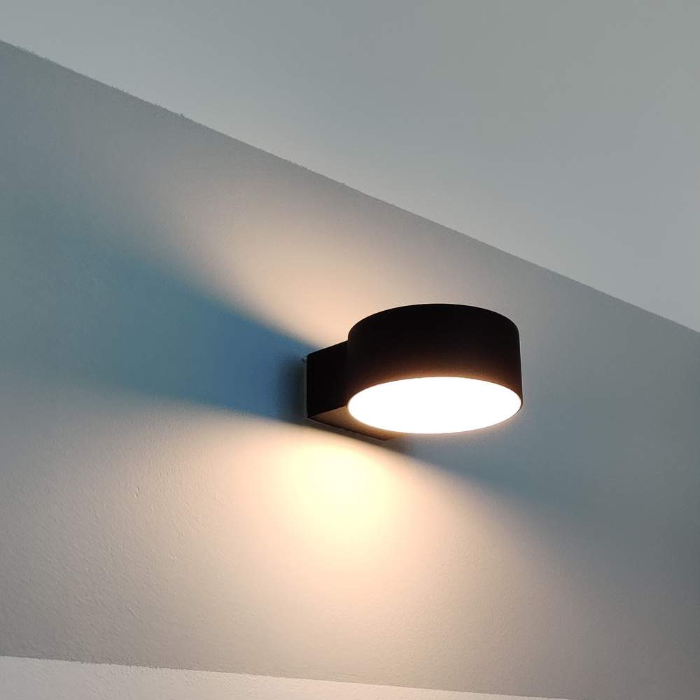 LED wall light PROLUMEN WL07 black 230V 8W 600lm CRI80 120° IP65 3000K warm white