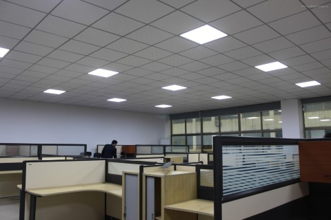 LED panel AIGOSTAR 600x600 E5 white  40W 3600lm CRI80 120° IP20 3000K warm white